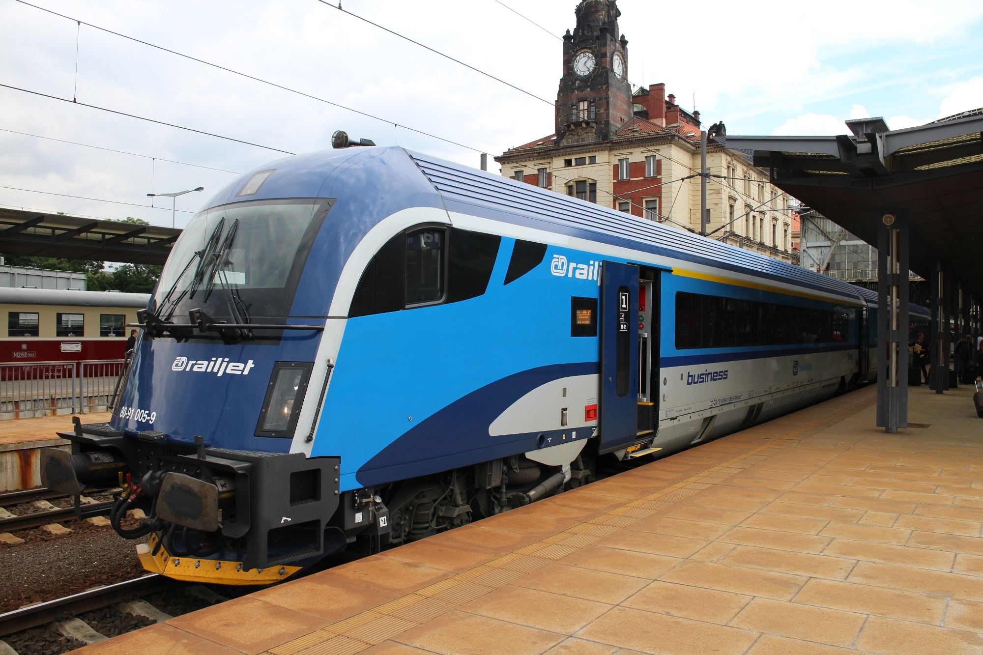 Railjet Train at Prague Station